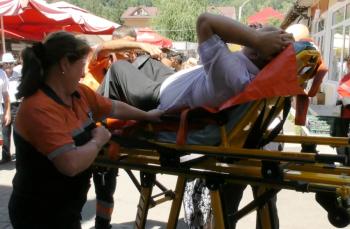 O nemțeancă i-a rupt o coastă unui nemțean în timp ce-i făcea masaj cardiac. Victima era doar puțin obosită.