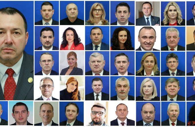 """Deputații PSD încep să se delimiteze de inițiativa lui Cătălin Rădulescu. De la """"eu n-am semnat așa ceva"""" până la """"râd și curcile de noi"""""""
