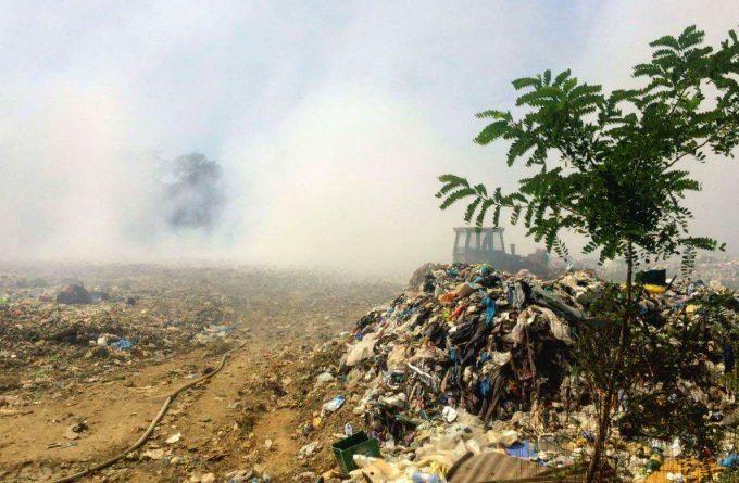 România îngropată de gropile de gunoi
