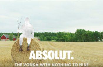 (P) Nimic de ascuns. Angajații Absolut Vodka au venit la muncă în pielea goală
