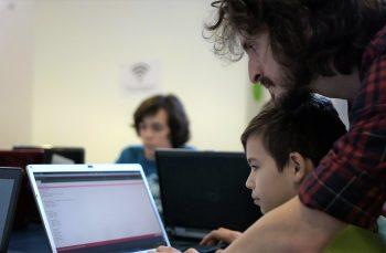 VIDEO. Copiii care ne scriu Codul lumii de mâine