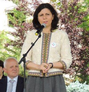 Raluca Ivănuș, directoarea liceului bilingv George Coșbuc