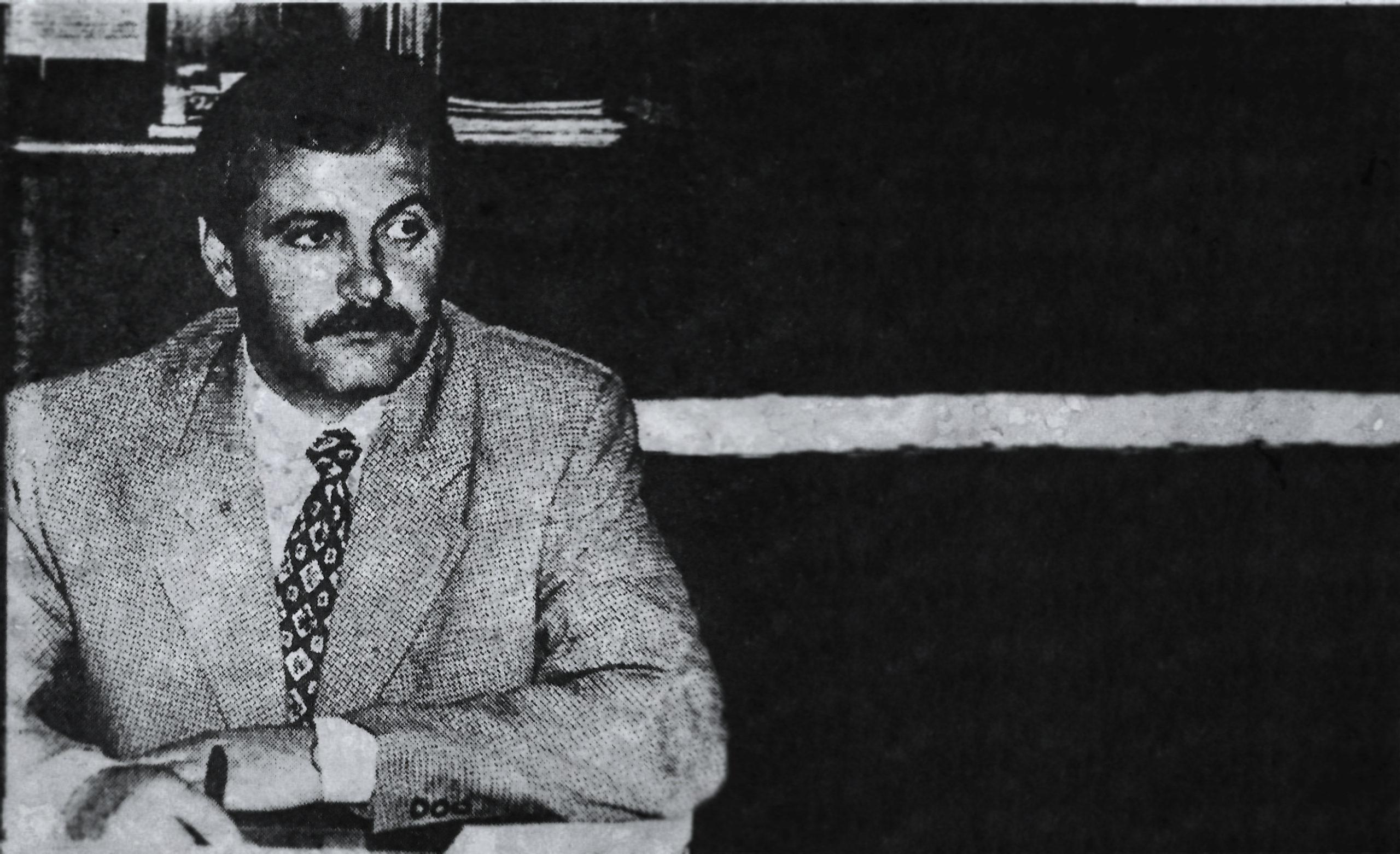 La 33 de ani, după ce făcuse bani din cârciumi și taximetrie de marfă, Liviu Dragnea este numit prefectul județului Teleorman