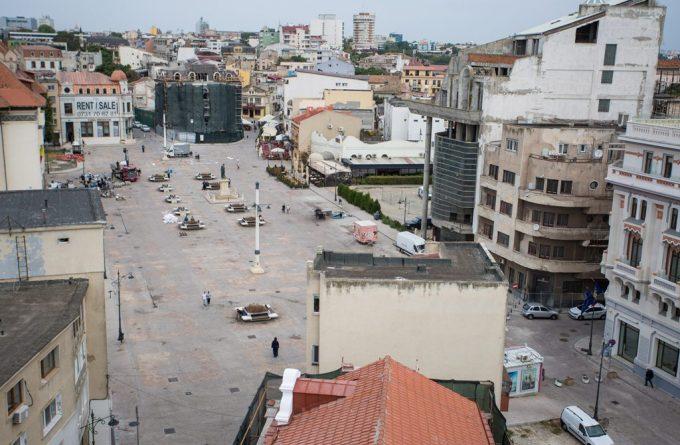 Imagini din orașul nimănui: cum se transformă Constanța într-un loc lăsat în paragină