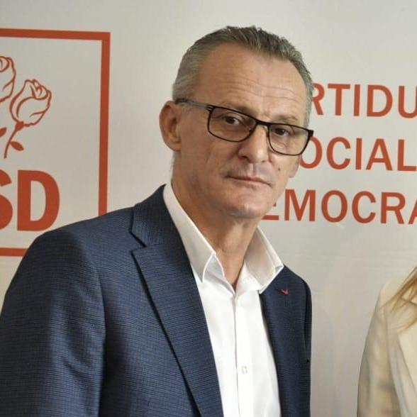Cornel Vasile Folescu