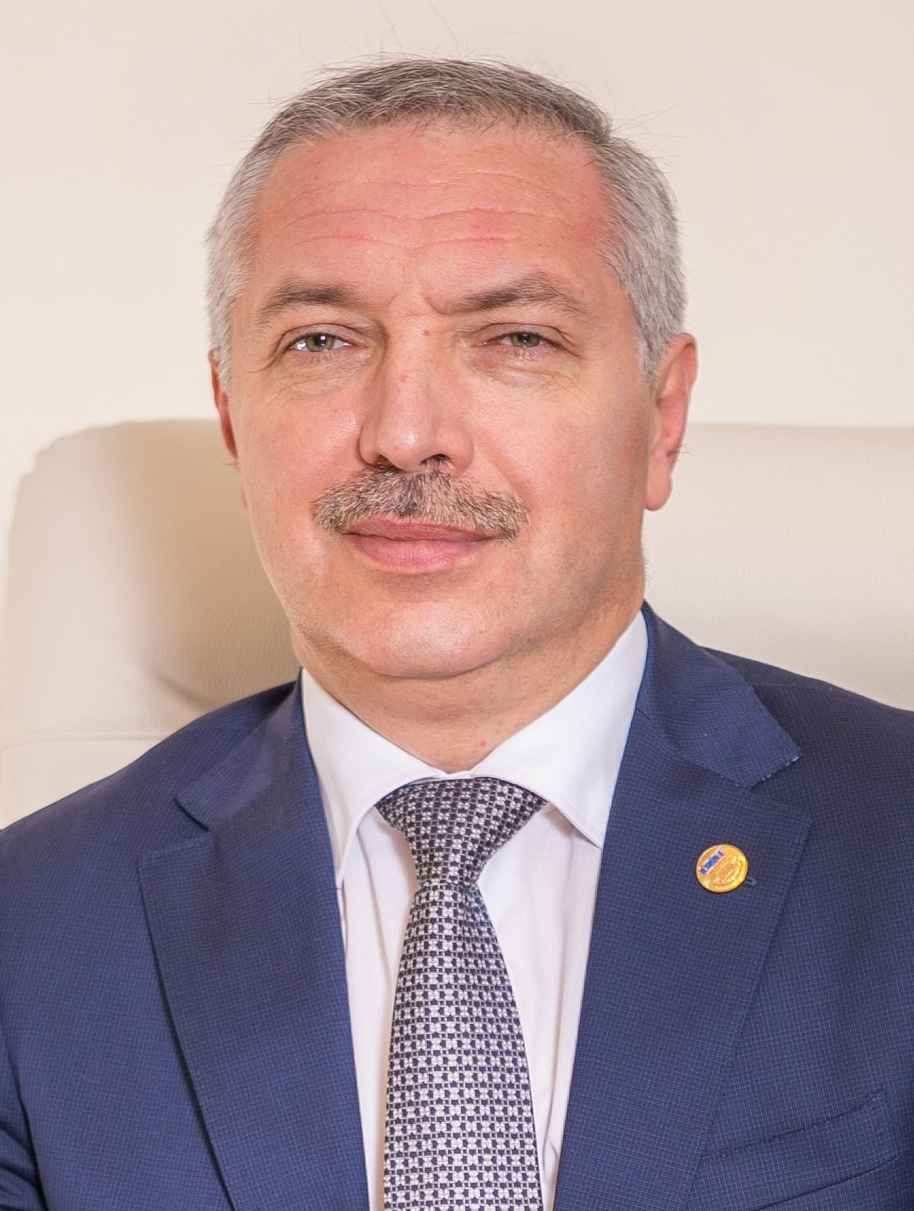 Leonard Azamfirei
