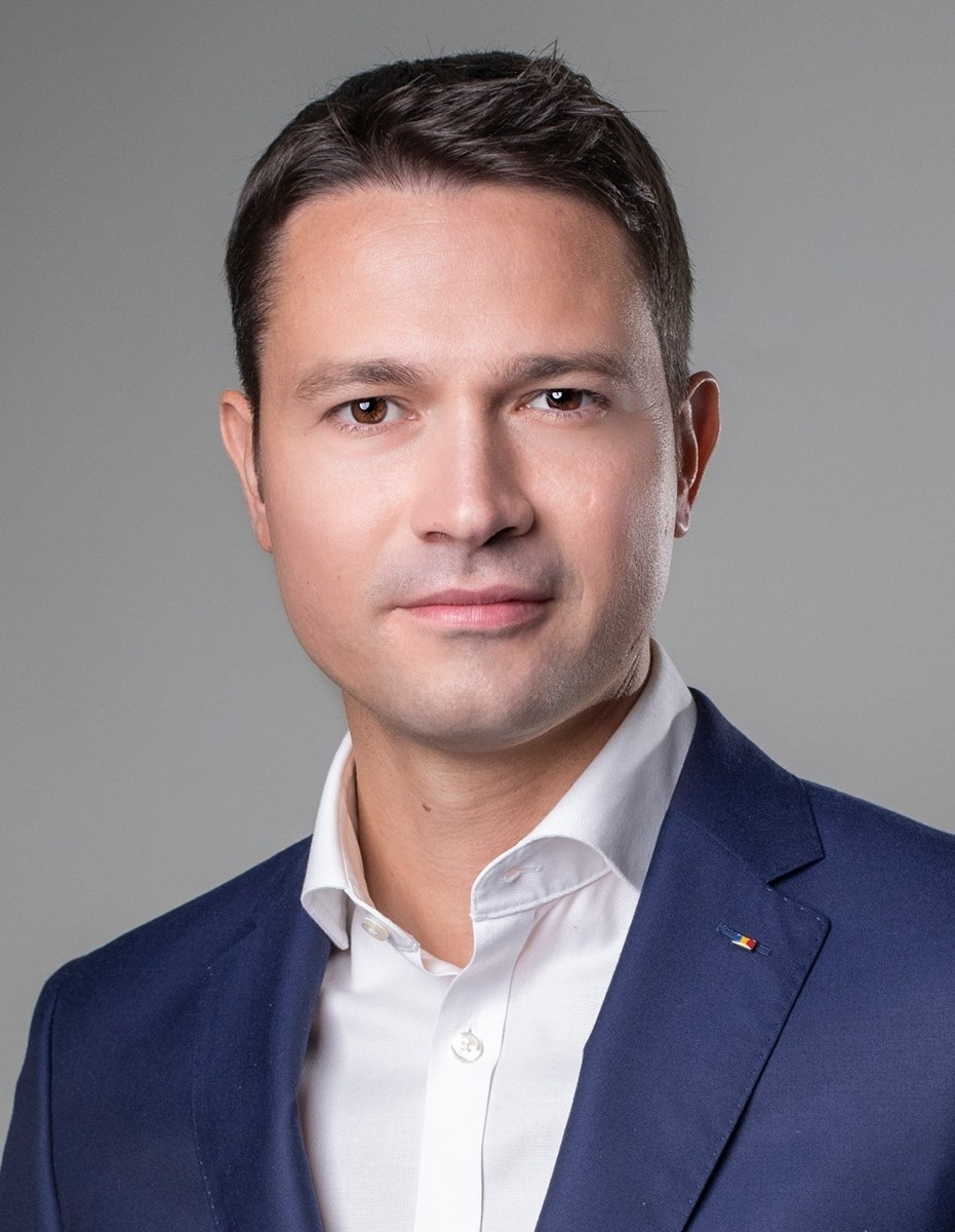 Robert Sighiartău