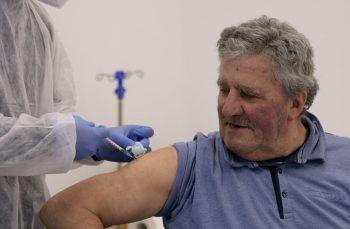 Satul paralel. Cât de mult își dorește România rurală vaccinul anti-COVID